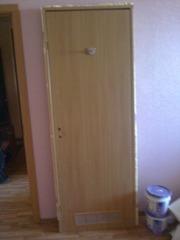 Продам дверь межкомнатную МДФ глухую 70см