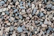 Щебень гравийный всех фракций с доставкой от 1 тонны